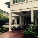 The Henry Hotel Manila Photo