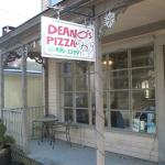 Deano's Pizza LLC