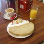 Breakfast (5€)