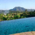 Vue d'une des 3 piscines de l'hotel