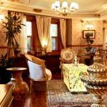 Lobby Lounge