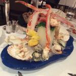 호텔 식당의 식사 일부