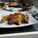 Tuna with pistachios