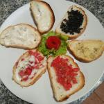 Mixed bruchetta