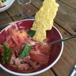 Jambon de pays sur son velouté de melon