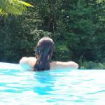 Magnifique piscine a débordement