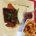 Magret de canard sauce à la framboise