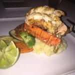 The Bonefish Grille at the Singing Sands Inn Foto