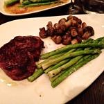 Filet with Mushrooms and Asparagus