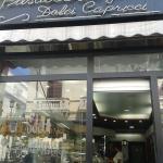 """ภาพถ่ายของ Caffetteria Dolci Capricci Un Punto D'incontro Al Centro Della Citta"""""""