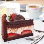 strawberry cake at #cacaopraha