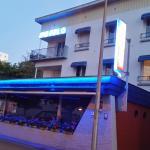 L'hôtel des pêcheurs depuis la rue attenante