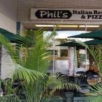 Phill's Italian Restaurant & Pizzeria