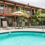 Econo Lodge Inn & Suites Near Legoland