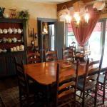 Candlewyck House B&B Dining Room