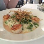 Scallops with risotto and asparagus