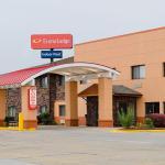 Photo of Econo Lodge Topeka