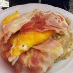 Polenta con uovo e  spek