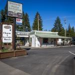 Charm Motel & Suites