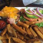 BBQ & bacon burger with avocado
