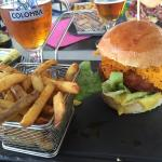 Hamburger chiken frites maison  Une tuerie hummmmm  Bon appétit