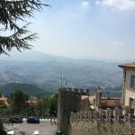 San Marino Outlet Market Foto