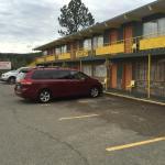 Deerview Motel & Cabins
