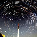 北極星とロケット(松島昌幸氏撮影・承諾済)
