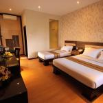 Superior Room Triple with double bed and single bed