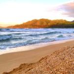 Der nahegelgene Strand (100m)
