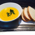 Vegan carrot soup with ginger and sage