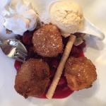 Die zwei Desserts auf der Karte