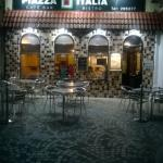 Piazza Italia by night...