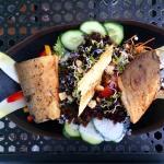 Salat mit Saiblingfilet