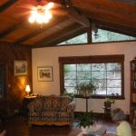 Main lounge, Ramsey Canyon Inn