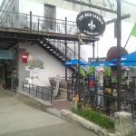 Cafe Mundi Patio Restaurant