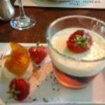 Fruit cocktail jelly with Malibu, cream and ice cream