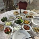 Table at El Janina