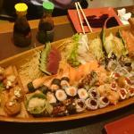 Várias opções de sushi, ótimo custo benefício