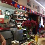 Great fun!  A diner the way diners ought to be.