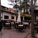 Vista parcial exterior cafetería Hotel