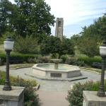 Fountain near the Park 's Entrance