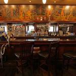 Vintage Schlitz bar