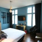 Beautifully decorated 'Le Bleu de Bruges' bedroom.