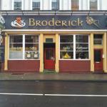 Broderick Irish Pub