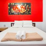 Phuket Old Town Hostel : air con room 空调