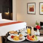 Superior XL Room / Room Service