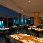 The spectacular view of the Falls at Windows by Jamie Kennedy Fresh Grill & Winebar