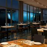 Windows by Jamie Kennedy Fresh Grill & Winebar