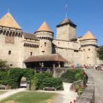 Шильонский замок недалеко от отеля
